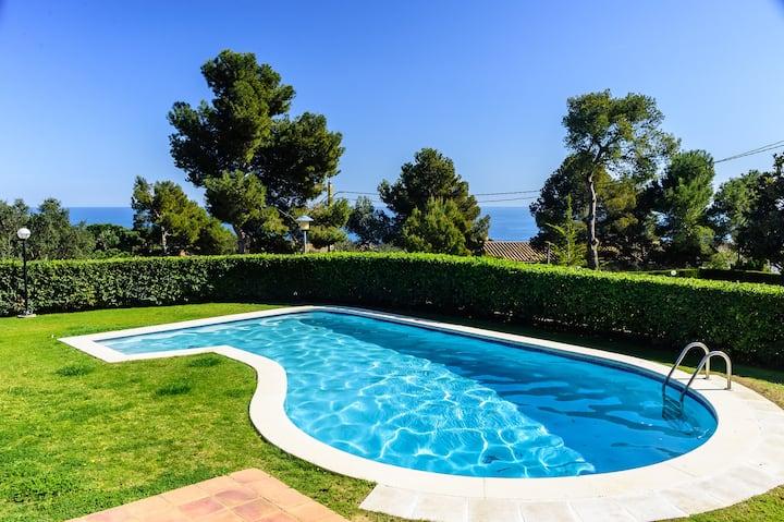 Apartamento con vistas y piscina, Ref.: K-4