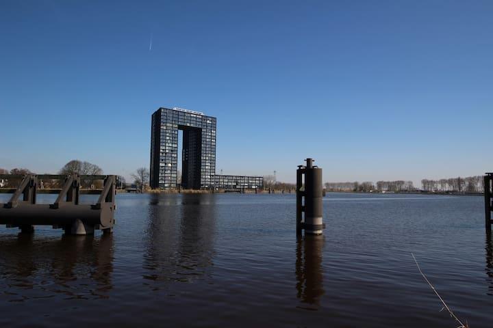 Fraai appartement met zwembad En sauna! - Groningen - Apartment