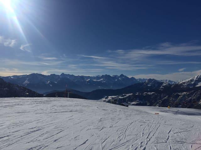appartamento sulle piste da sci di chamois - Chamois - Byt