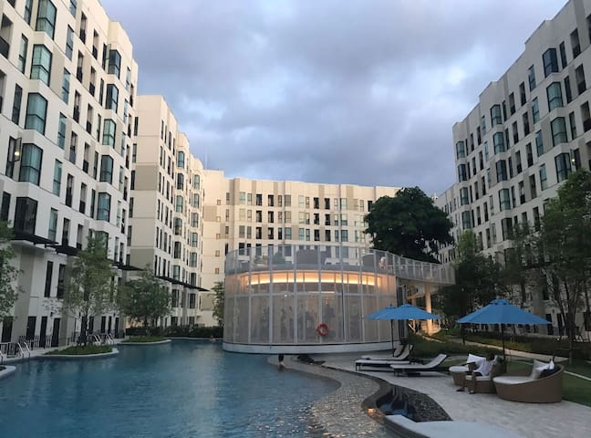 5.bts 旁 泳池公寓 曼谷性价比之王 北欧风公寓 Siam Nana On nut 直达