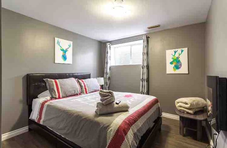 Calgary Northeast, Clean Space to Stay!