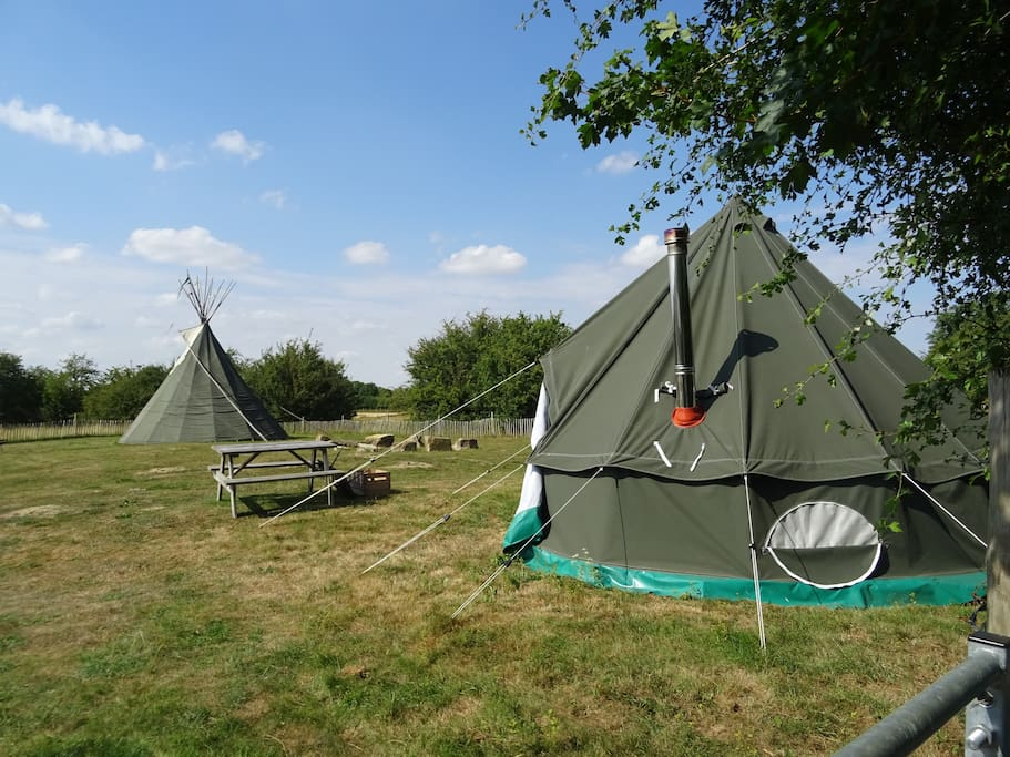 Merlin the Bell Tent with Tipi in background