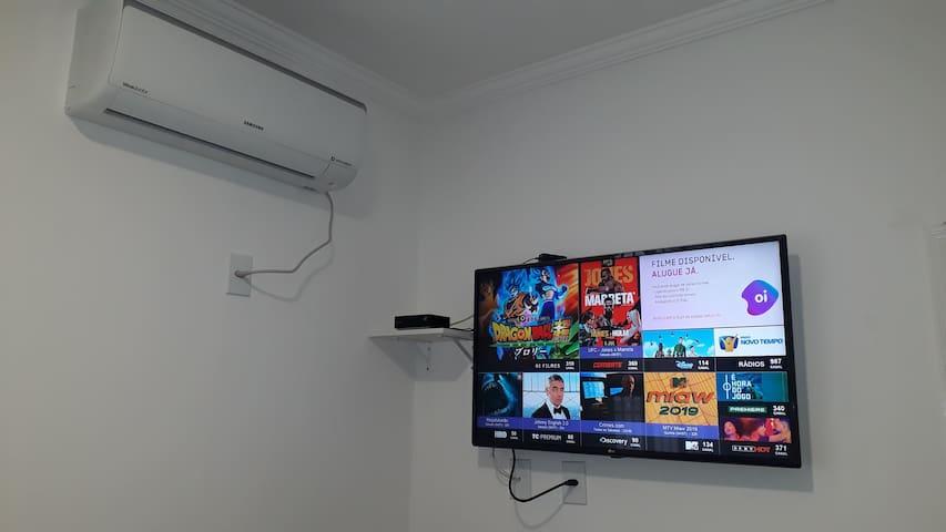 UBATUBA 2 DORM, AR CONDICIONADO,TV SMAR, WIFI