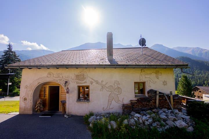 Top renoviertes Engadinerhaus, nähe St. Moritz - Brail - Casa