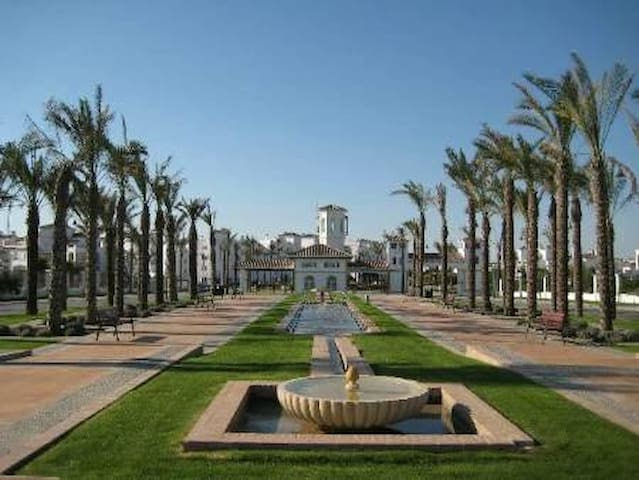 Superb La Torre  Penthouse Golf Apartment sleeps 6 - Roldán - Apartment