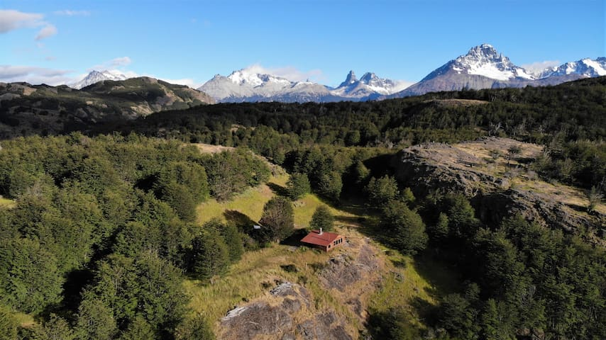 Cabin With Magic Lake Views, Cerro Castillo, Chile