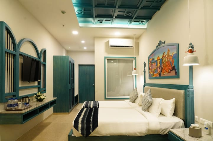 Single Occupancy Cottage room in Visakhapatnam