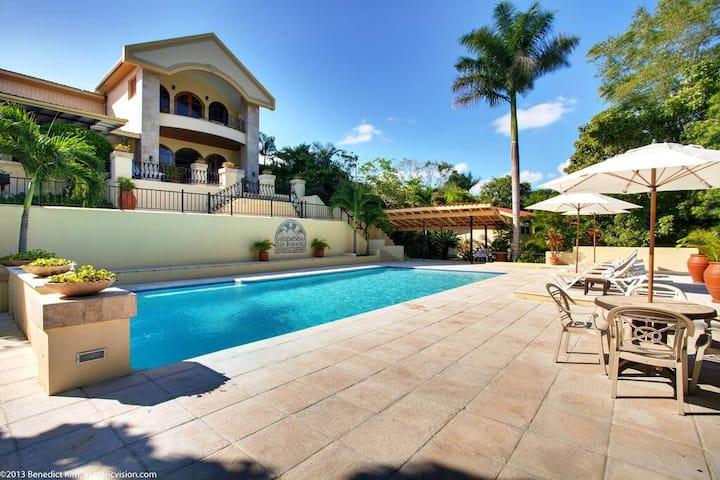 Deluxe Balcony Room - San Ignacio Resort Hotel