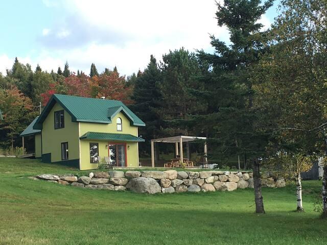La petite maison verte du rang 9