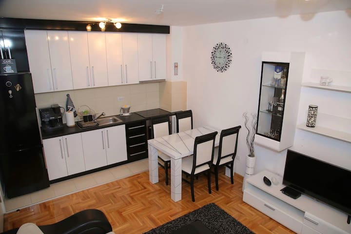 Black&White edition - Beograd - Apartment
