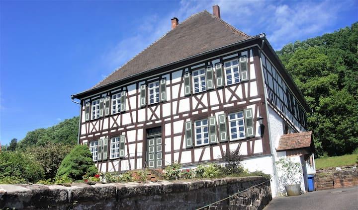 Ehem. Jägerhaus der Herrschaft Hanau-Lichtenberg
