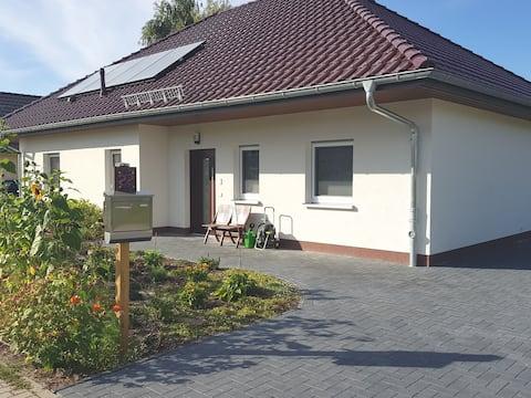 Blooming Bungalow (Cottage) at Scharmützel Lake