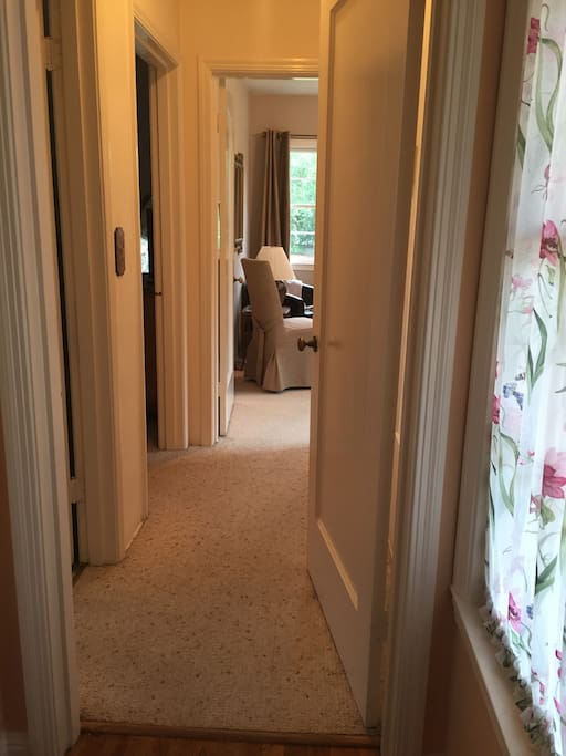 Separate entrance - a very Private 2 room guest suite.