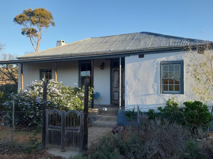 Wolverfontein Karoo Cottages :  Zara Cottage
