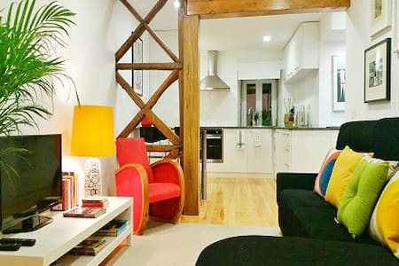 ZUZA DUQUE SUITE Apartment w/ breakfast - Lisboa
