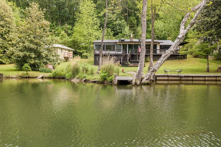 Old Pine River Cabin