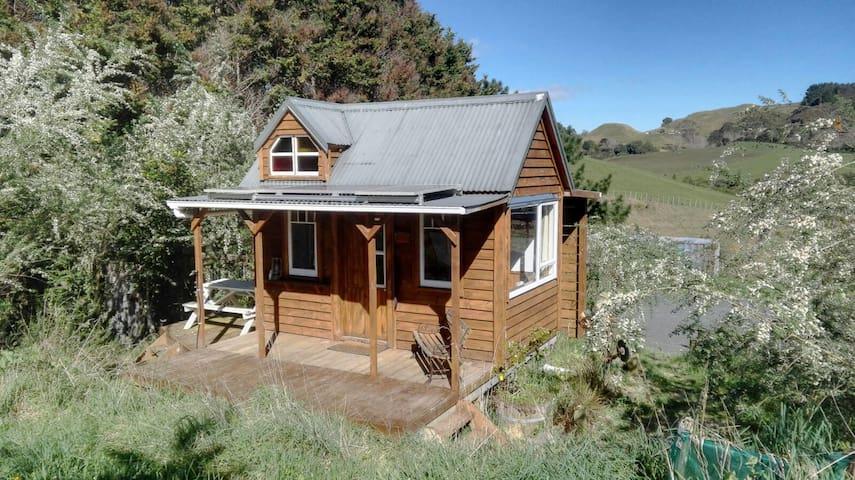 Sano Nook - Tiny House Raglan