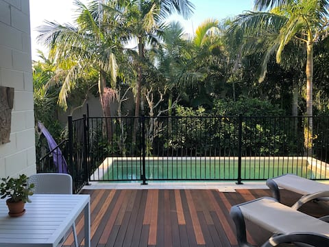 Central Location -private pool & sun deck.