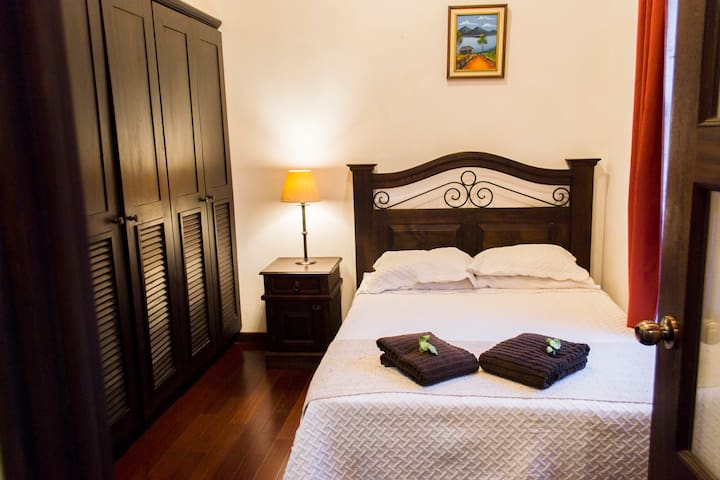✪ 5-star Private Bedroom ✪ / Free Parking