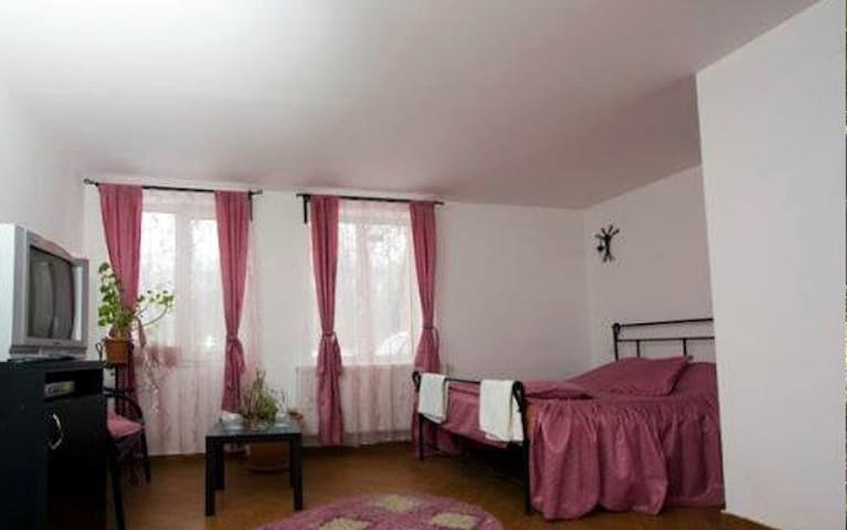 Confortabel room in the forest - Urleta - Pousada