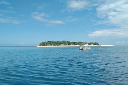 Arena Island Turtle Resort - Casita for 2 pax - Narra