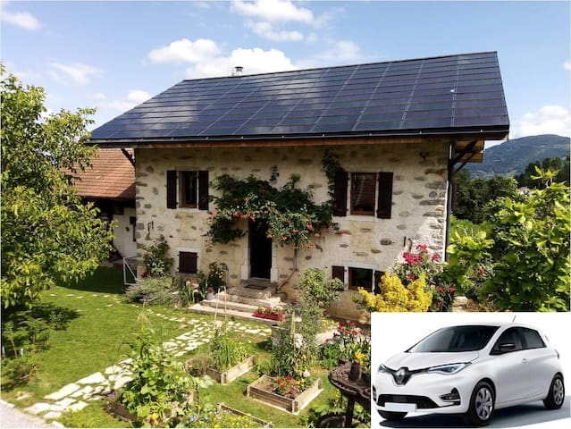 Charming cottage + electric car, near Geneva
