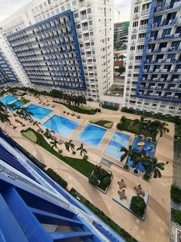 Sea Residences Condo with Balcony Facing Amenities