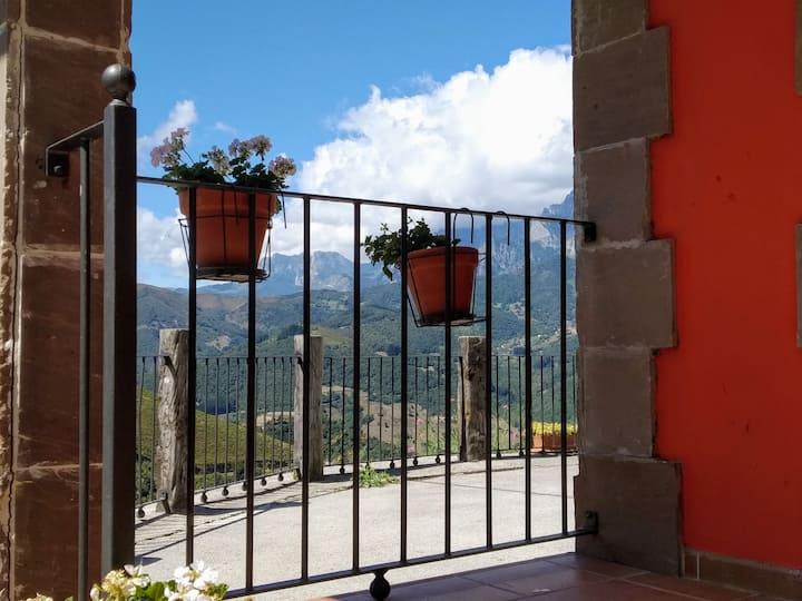 El Mirador de Cobeña II. Aires de Liébana en Picos