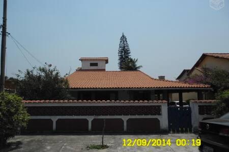 Excelente casa 5 quartos com piscina em Saquarema - Saquarema