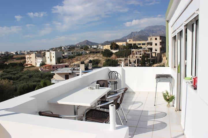 Julia Apartments - Makrygialos - Appartement