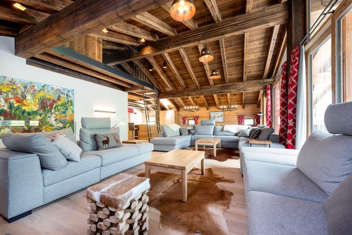 Luxury Chalet in Hinterglemm for up to 18 people