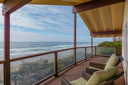 OCEAN FRONT Cliffside Oasis August 2020 available