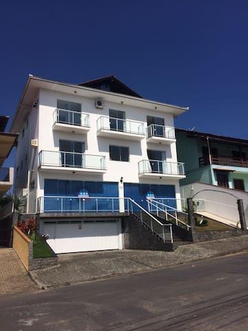 Casa Família Alves - Joinville - Casa