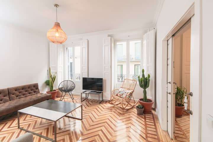 Modern flat in Fuencarral- Madrid city center