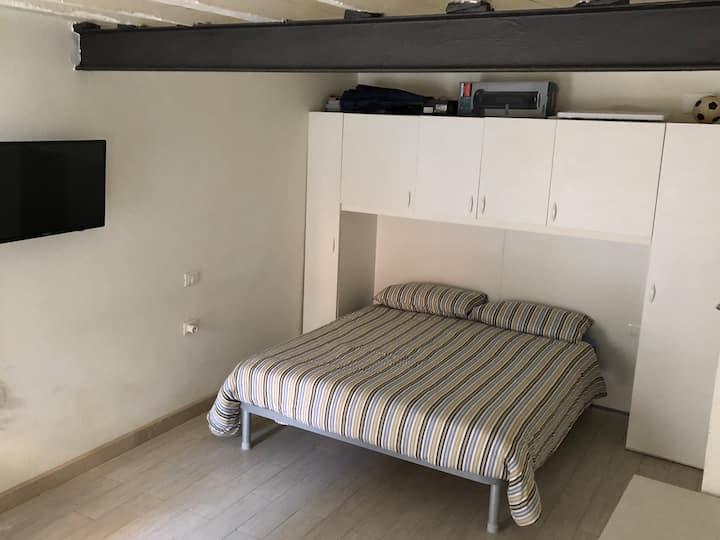 Santi Apostoli Apartment