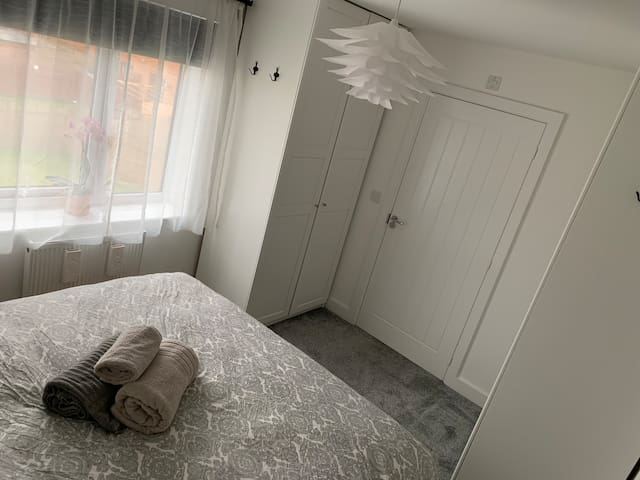Bedroom with ensuite near the centre of Manchester