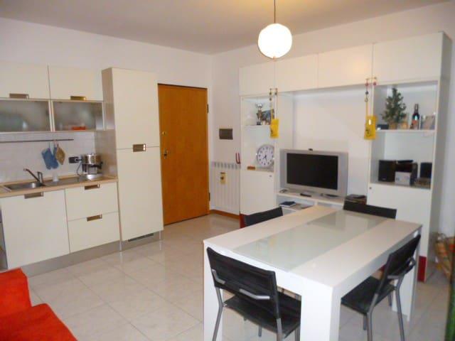 Comodo appartamento a Jesi - Jesi - Flat