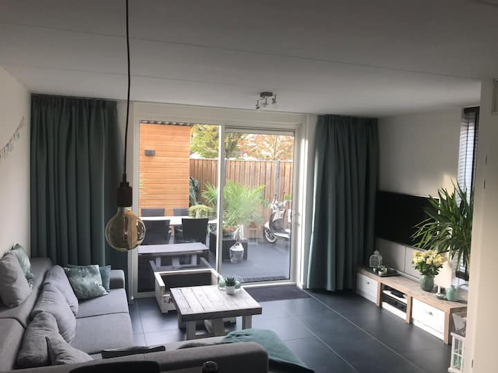 Gezellig ruime woning op geweldige locatie