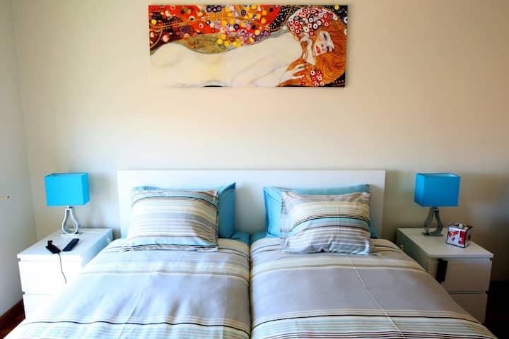 2 bedroom apartment close to Miramar beach