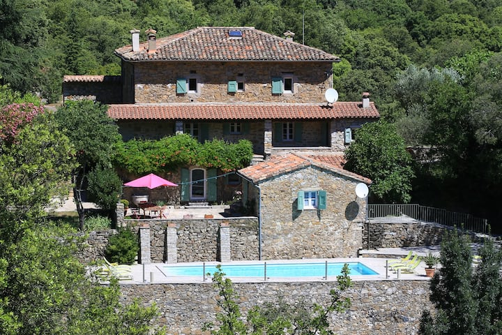 Beautiful 18th century Cévennes estate -Pool/Wif