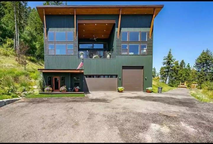 Modern River View Home