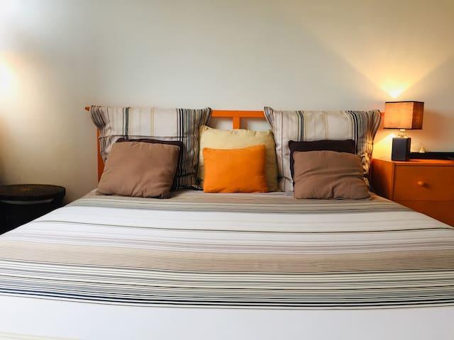 Chambre douillette dans appartement 90 m2 au 9eme