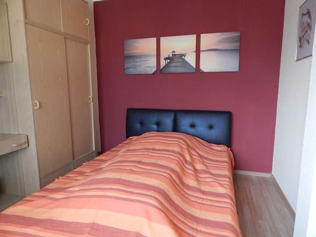 Schlafzimmer 2 Lederbett - 1,40 m x 2,00 m
