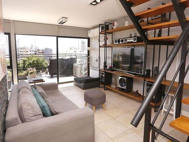 Dpto duplex, dto principal y vestidor  Balcón luz