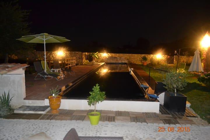House comfortable quiet - 20m pool - Eugénie-les-Bains - Hus