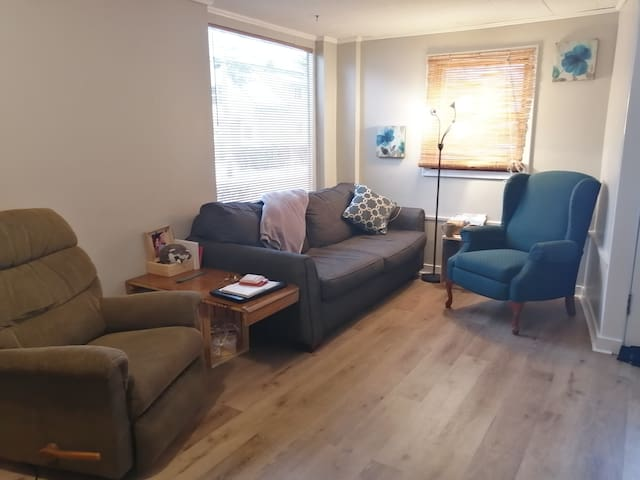 Comfortable and Relaxing space in Niagara Region!
