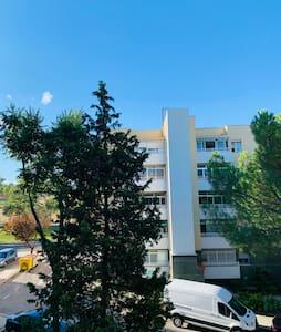 Habitación en Madrid en zona muy verde