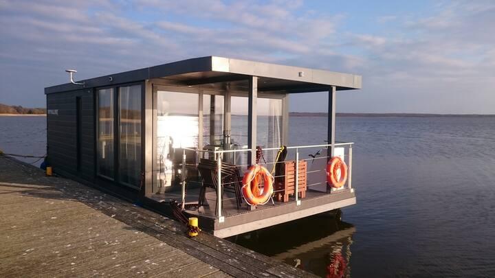Houseboat ROTAN Rieth domy na wodzie - Comfort