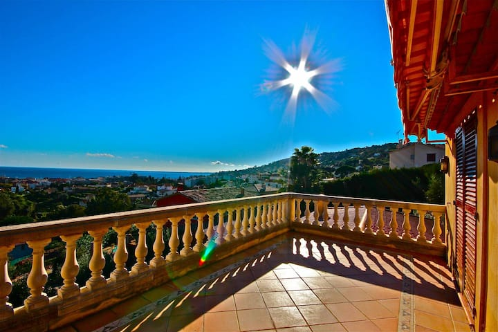 Cannes Golfe Juan villa exception, sea view, pisc