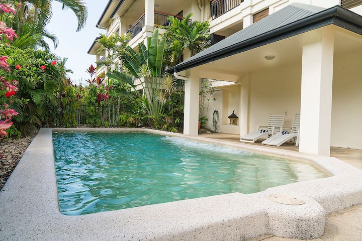 Tropical Pool & Spa Area